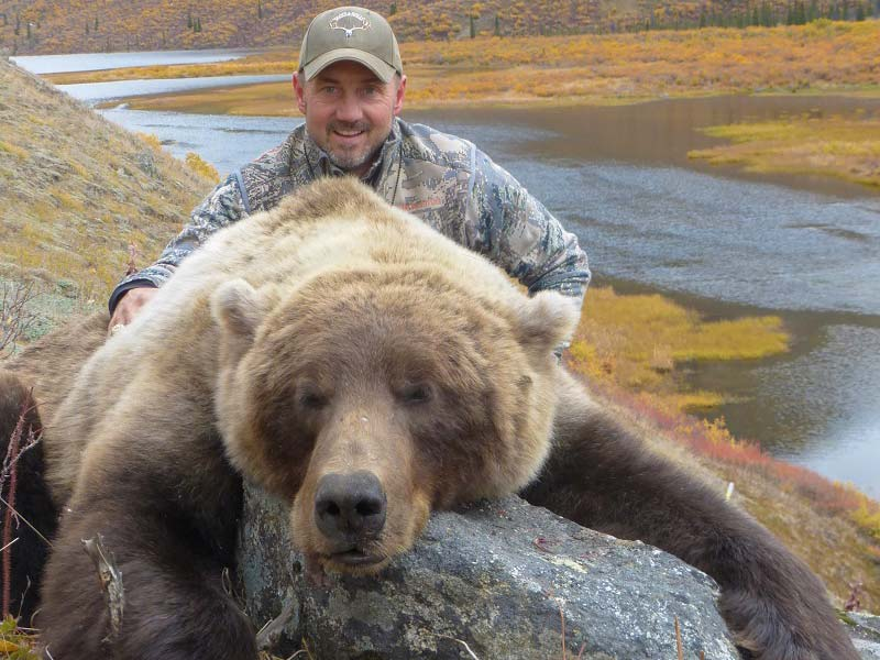 Hunting for Grizzly Bears in the Yukon